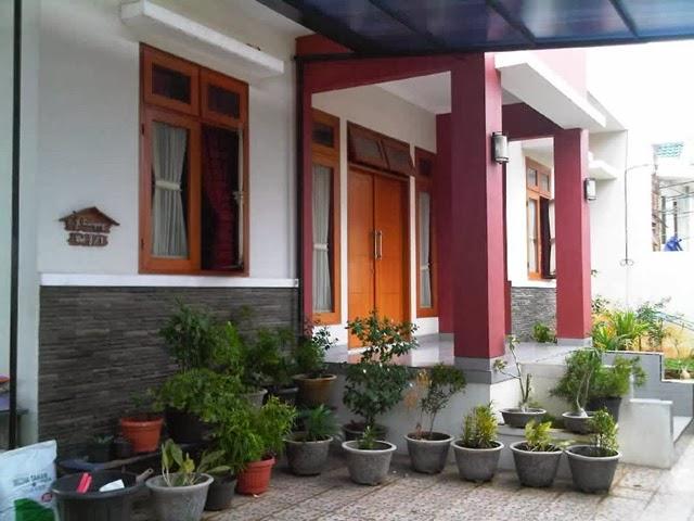 Foto Profil Tiang Teras Rumah