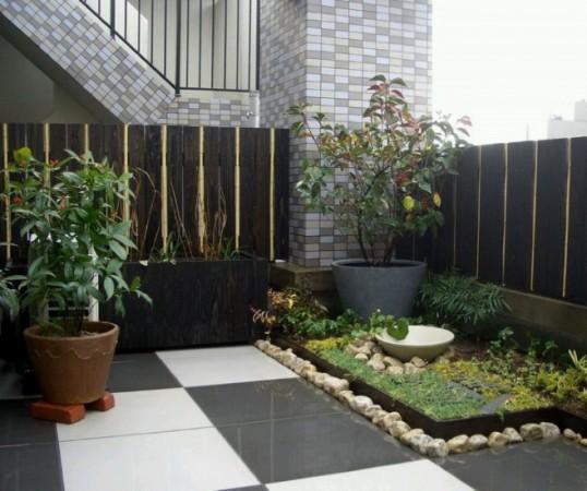 Keramik teras Rumah Model Minimalis Dengan Taman