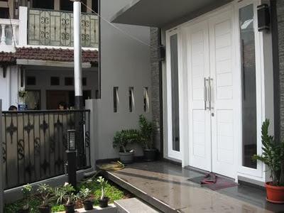 Dekorasi Pintu Teras Rumah Model Minimalis