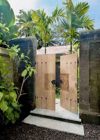 Pintu Gerbang Minimalis Bahan kayu
